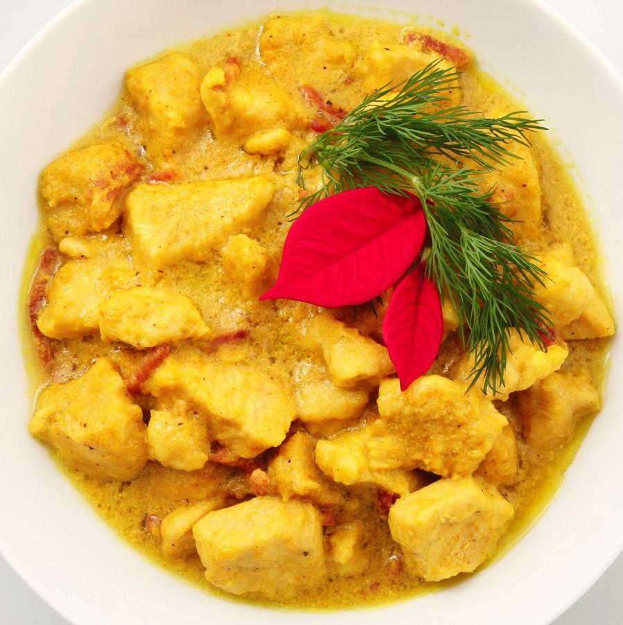 Magere kip kerrie met ananas en rijst   FOOD&YOU