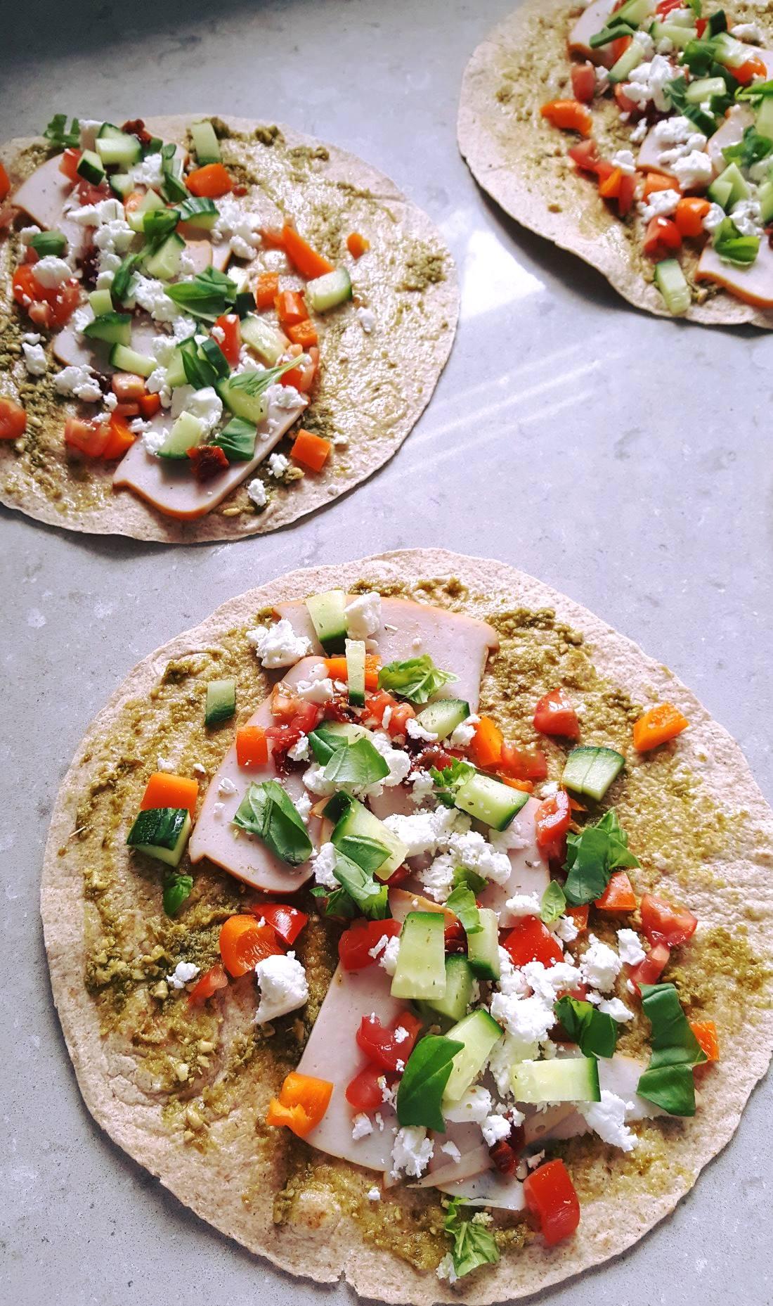 Tortilla met kip, feta en pesto | FOOD&YOU