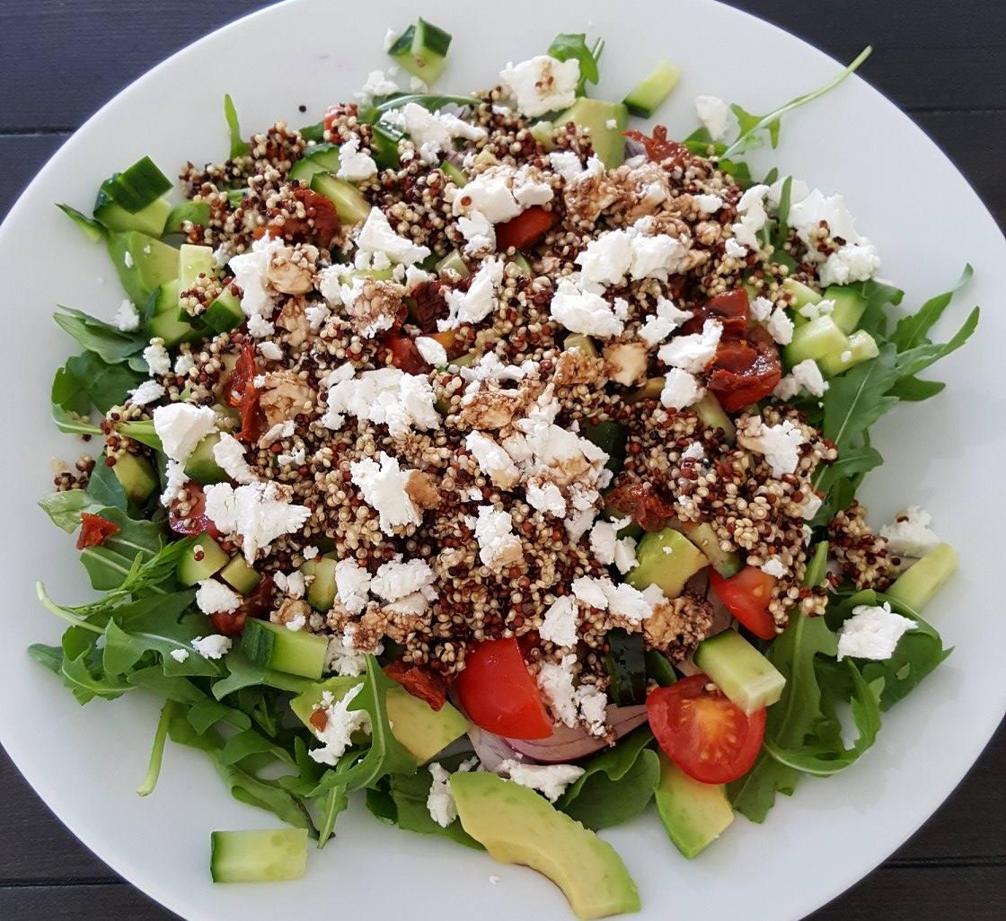 Lunchsalade met quinoa en geitenkaas! | FOOD&YOU